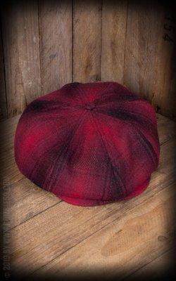 Slugger Cap - plaid red/black