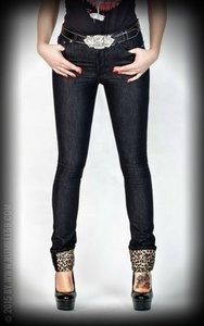 Black Marilyns' Curves - Slim Fit